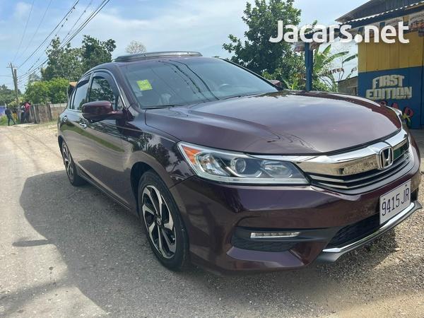 Honda Accord 0,6L 2017-7
