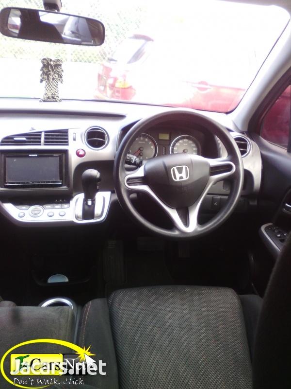 Honda Stream 1,8L 2011-3