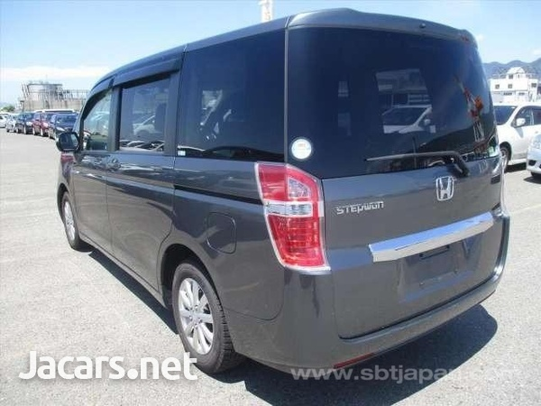 Vehicles Vans 2,0L 2013-3