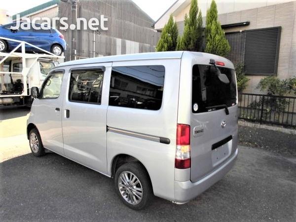 2015 Toyota Townace window Van-1