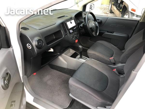 Nissan AD Wagon 1,2L 2014-3