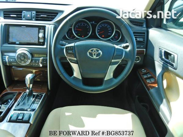 Toyota Mark X 2,4L 2015-5