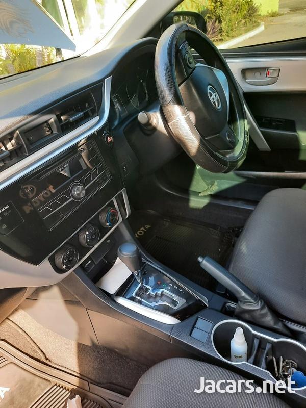 Toyota Corolla 1,6L 2017-6