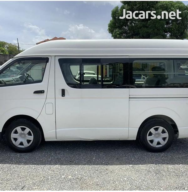 2012 Toyota Hiace Bus-2