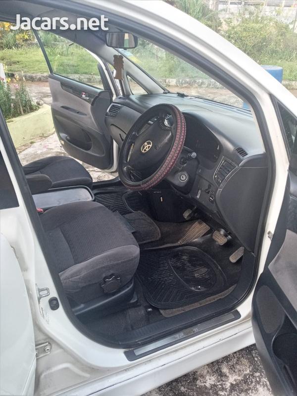 Toyota Ipsum 2,0L 2006-6