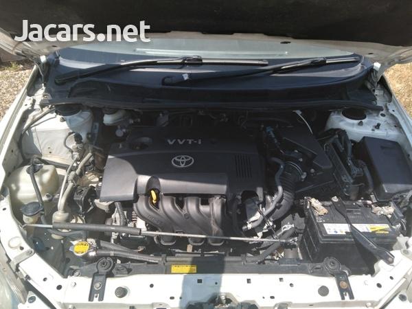 Toyota Axio 1,5L 2010-6