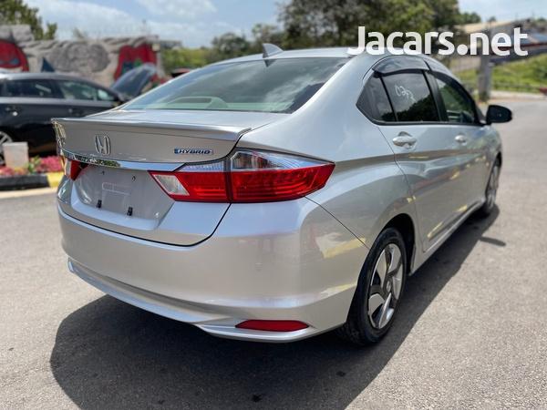 Honda Grace 1,4L 2015-4
