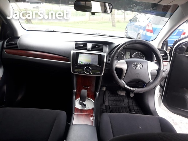 Toyota Premio 1,8L 2012-6
