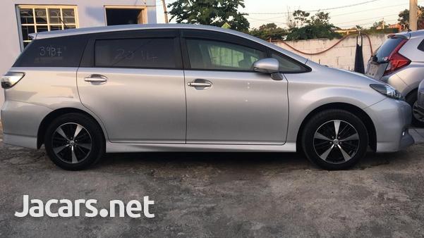 Toyota Wish 1,8L 2014-5