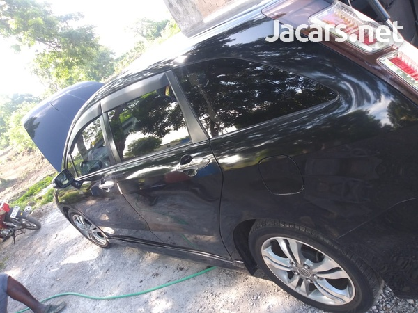 Honda Stream 2,0L 2011-3