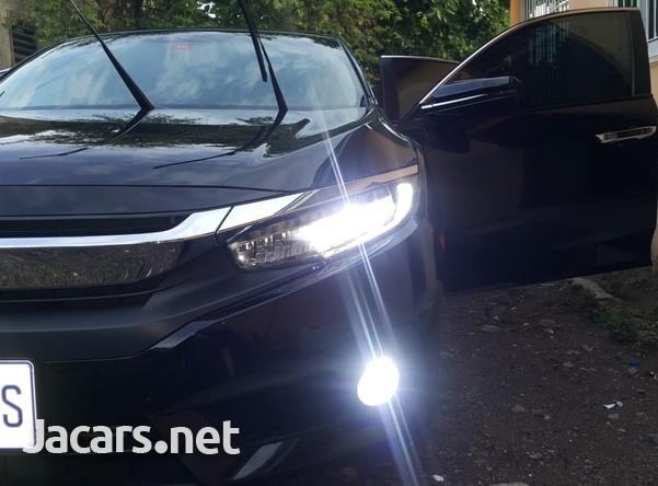 Honda Civic 1,5L 2016-3