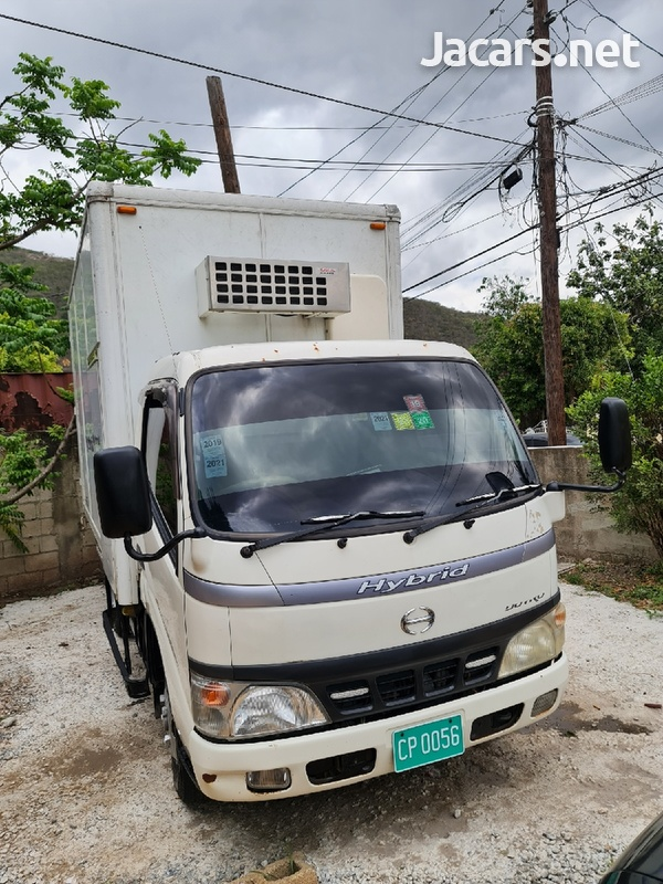 2006 Hino Hybrid Truck-1
