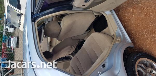 Mazda Familia 1,5L 2002-8