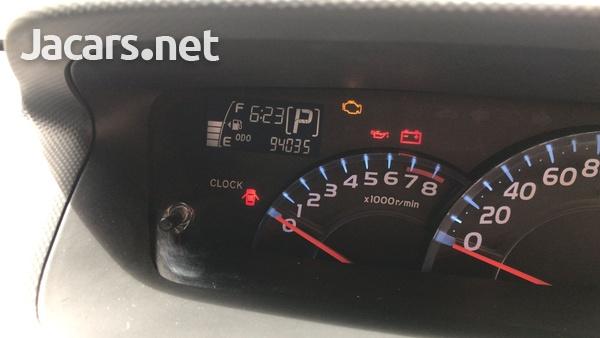 Toyota bB 1,5L 2012-4