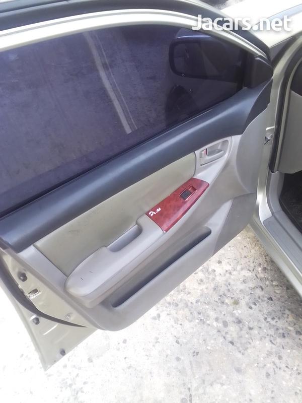 Toyota Corolla 1,4L 2002-5