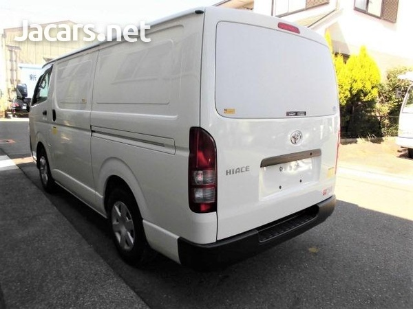 2014 Freezer Hiace Bus-2