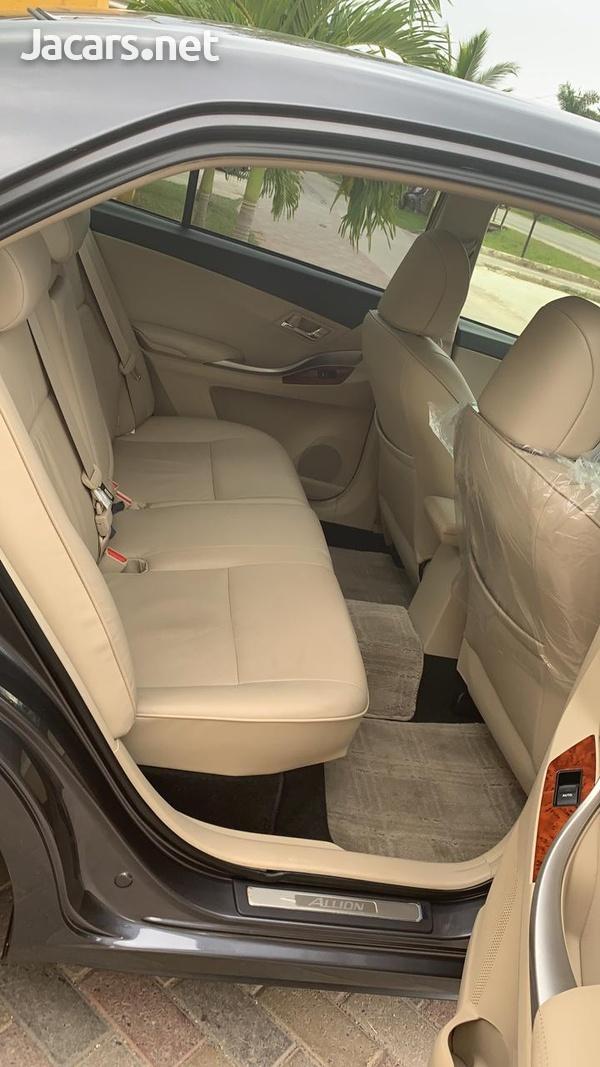 Toyota Allion 2,0L 2013-4