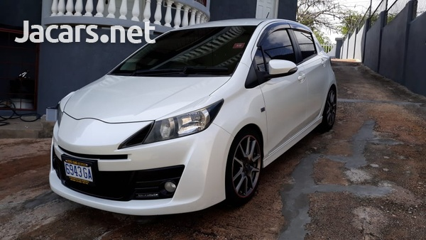 Toyota Vitz 1,5L 2012-2