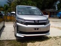 Toyota Voxy 2,0L 2016