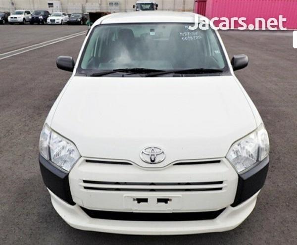 Toyota Succeed 1,3L 2015-1
