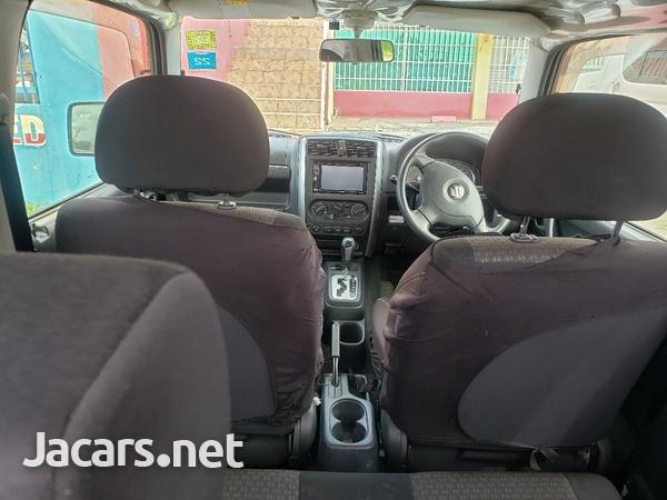 Suzuki Jimny 0,6L 2012-4