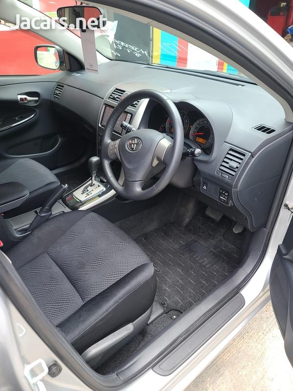 Toyota Fielder 1,8L 2012-7