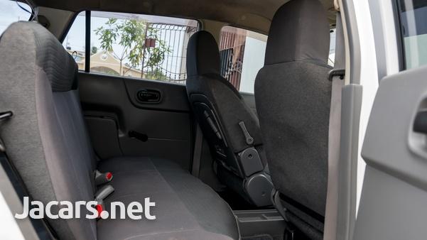 Nissan AD Wagon 1,8L 2010-5