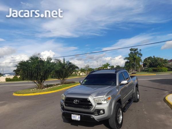 Toyota Tacoma 2,7L 2016-7