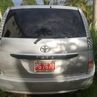 Toyota Isis 1,2L 2011