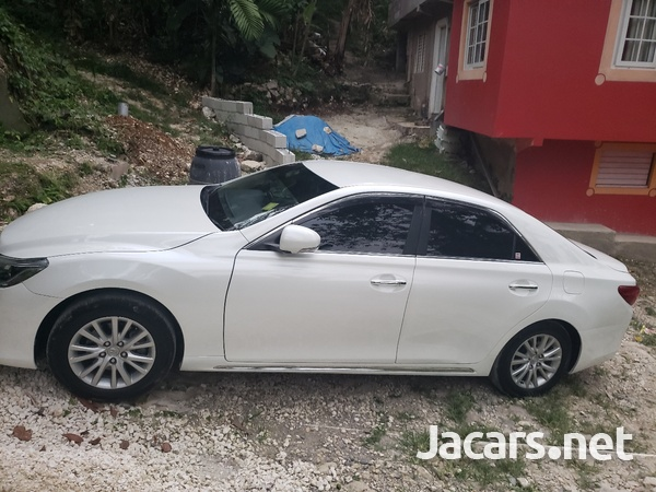 Toyota Mark X 3,5L 2014-3