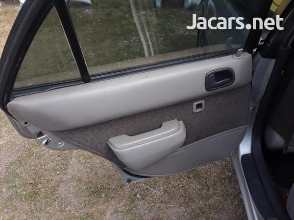Toyota Corolla 2,1L 1996-6