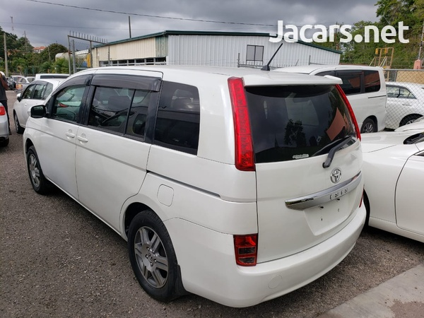 Toyota Isis 1,8L 2008-3