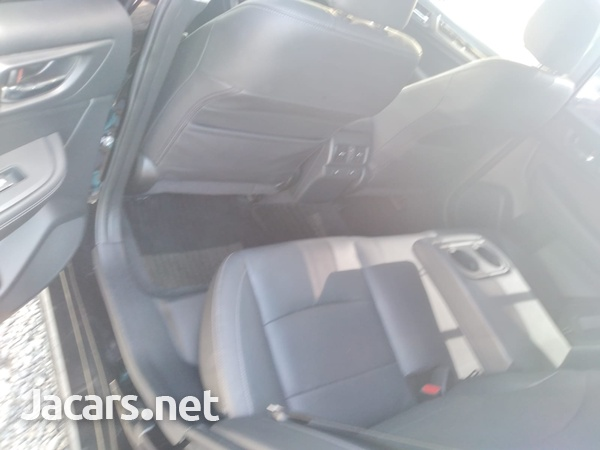 Subaru Legacy 2,0L 2016-8