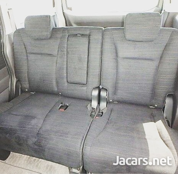 Honda Stepwgn 1,5L 2012-5