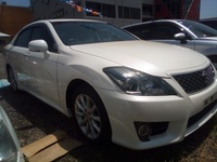 Toyota Crown 2,0L 2013