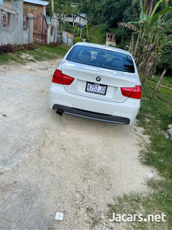 BMW 3-Series 3,2L 2011-3