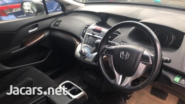 Honda Odyssey 2,0L 2011-8