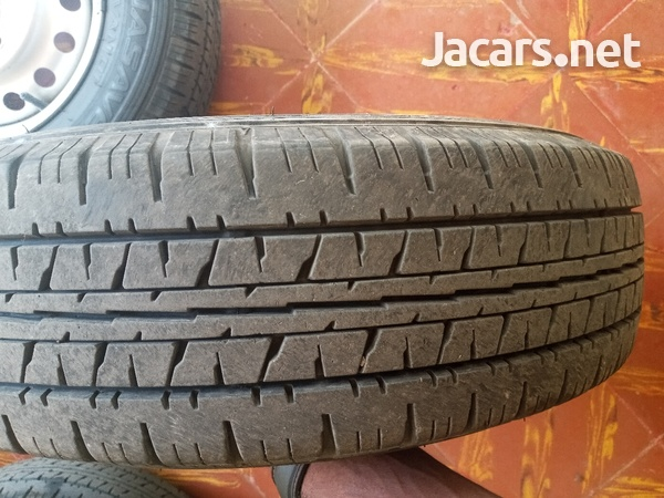 tyre and rim with lugs-4
