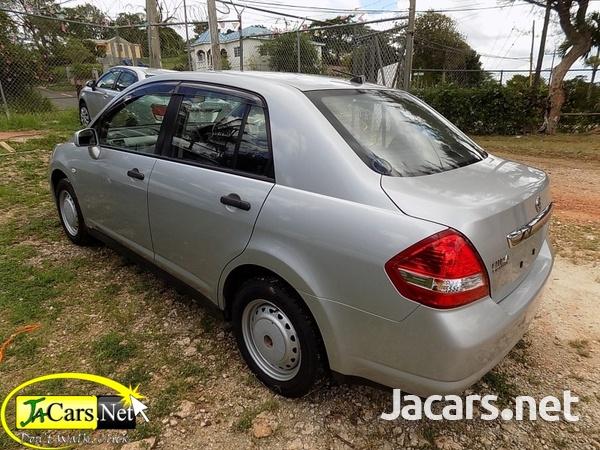 Nissan Tiida 1,4L 2013-1