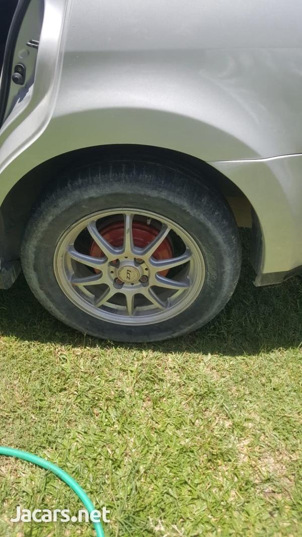 Nissan Tiida 1,8L 2007-8