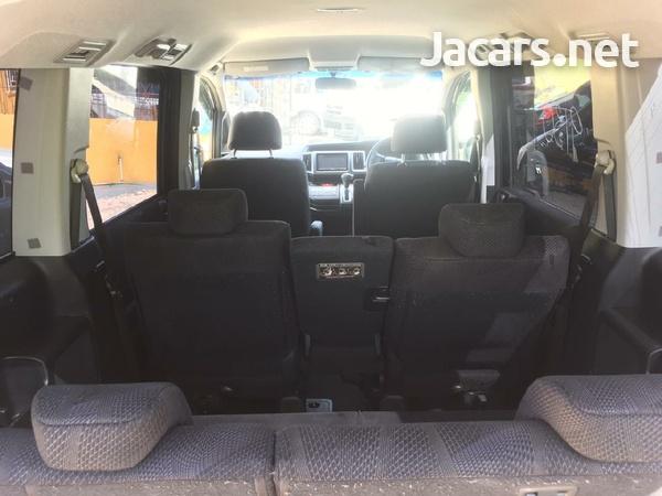 Honda Step wagon 2,4L 2010-5