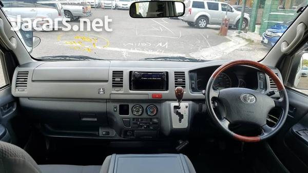 Toyota Hiace 2,5L 2013-5