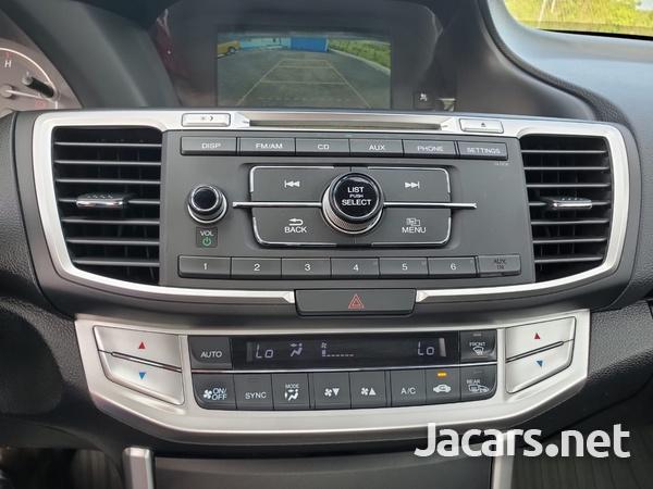 Honda Accord 2,4L 2015-7