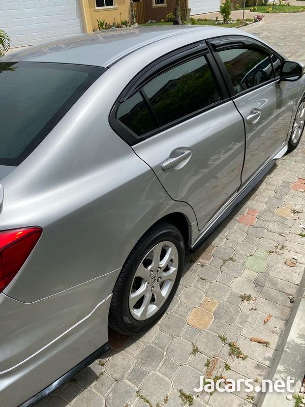 Honda Civic 1,8L 2014-7