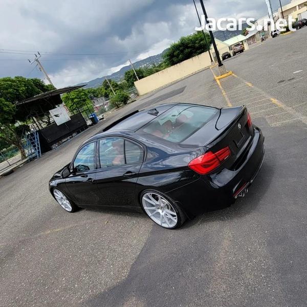 BMW 3-Series 2,0L 2016-4