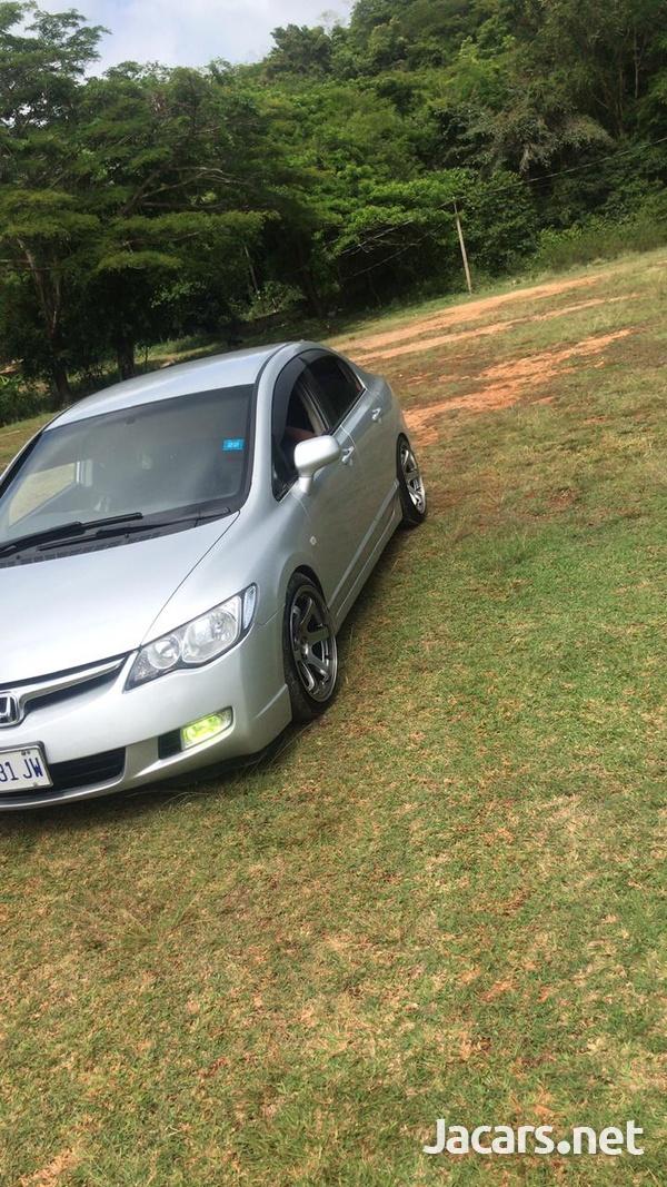 Honda Civic 1,8L 2007-4