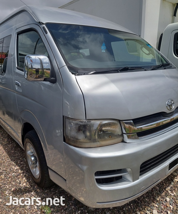 Toyota Hiace 2,5L 2008-1