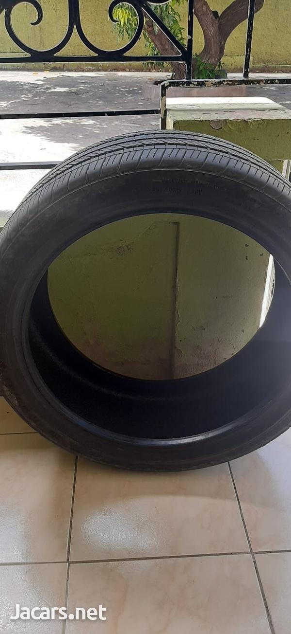 235/40/19 Goodyear Tire-6