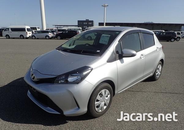 Toyota Vitz 1,3L 2015-1