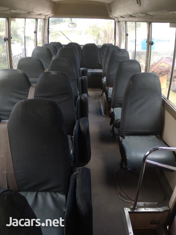 Toyota Coaster Bus2000-4